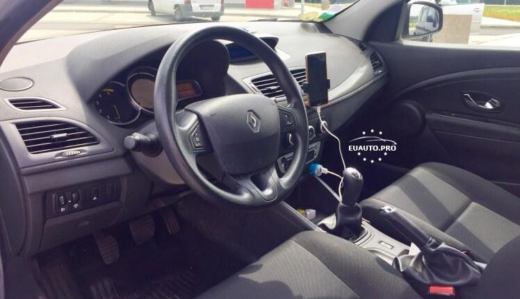 Renault-Megane3-Grandtour-prigon-1