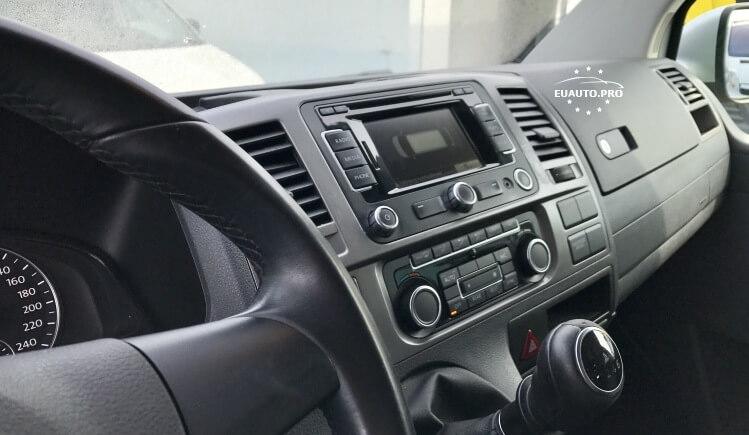 VW CARAVELLE-prigon-4