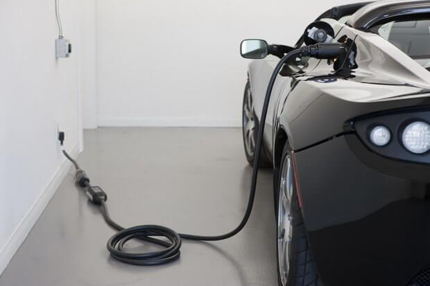 Отмена налогов на электромобили в Украине